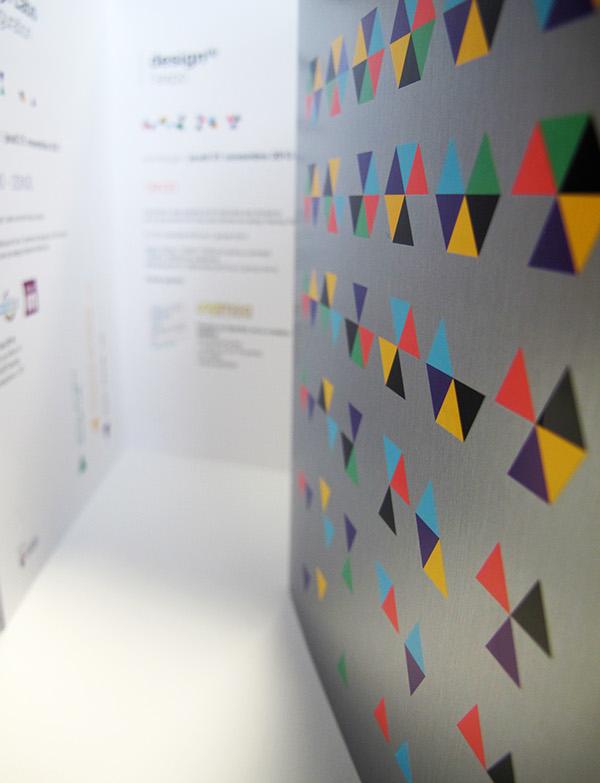 hexagones Triangles exposition Exhibition  Invitation carton géométrique
