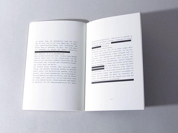 Booklet black and white Gert Heidenreich courier