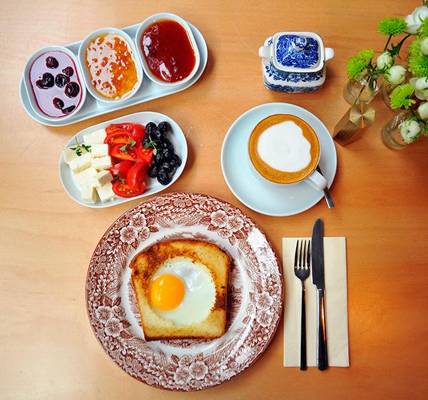 bakery Food  cafe Coffee foodphotography foodstyling cookies breakfast MORNING istanbul Karaköy burger egg Interior latte