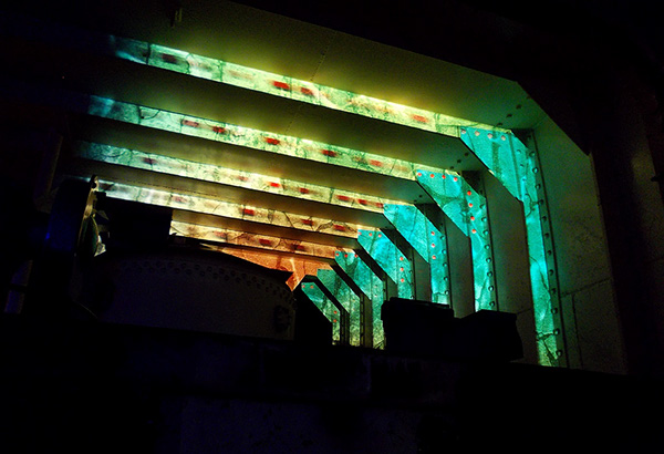 LV21 Tom Beg projection projection mapping uca morse code animations Live Event installation