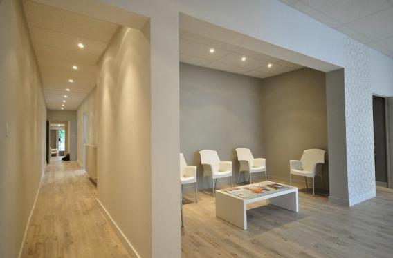 salle d 39 attente m dicale projet r alis avec so lo on behance. Black Bedroom Furniture Sets. Home Design Ideas
