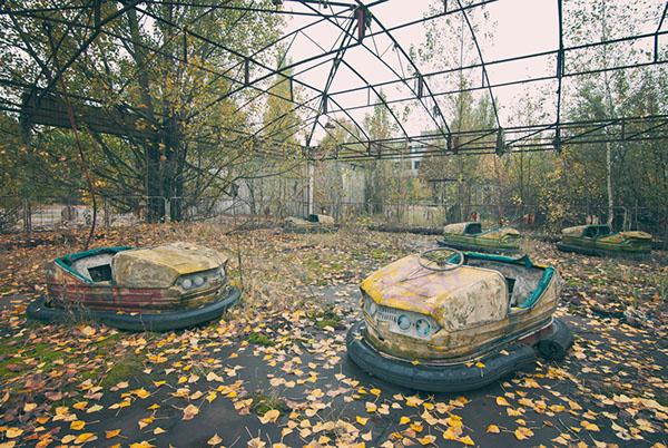 by James Charlick via behancet.net