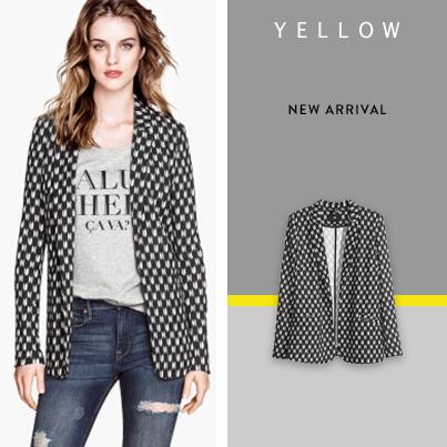 graphic design cover yellow Fashion  face book social media brand