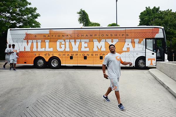 Bus Wrap Design Tennessee Football On Behance