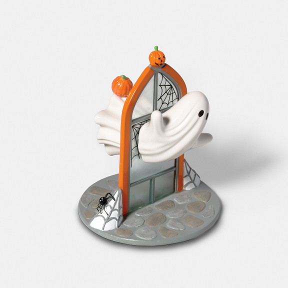 Halloween product designs kid friendly on behance - Salt and pepper shaker display case ...