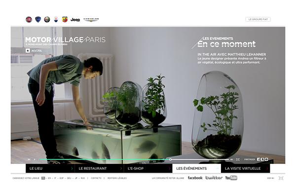 sur les champs elys es. Black Bedroom Furniture Sets. Home Design Ideas
