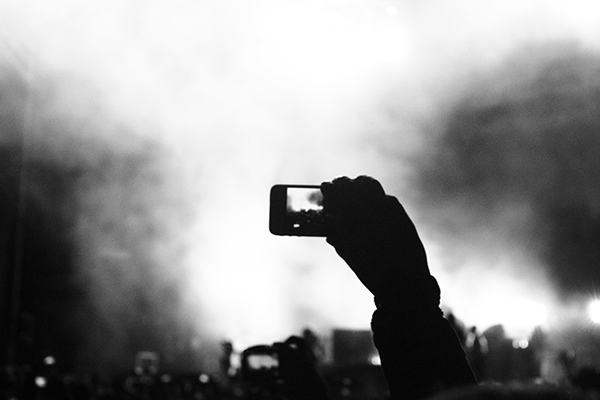 Fotografia stereo picnic blanco y negro alto contraste