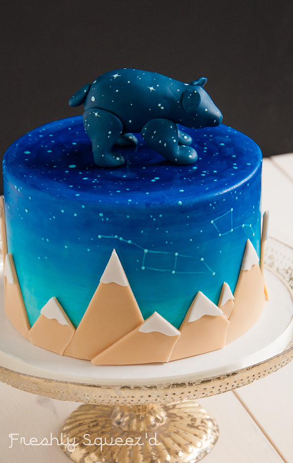 cake cake design Fondant buttercream bear squirrel teepee Ursa ursa minor ursa major constalation mountains pumpkin flower Fantasy Flower