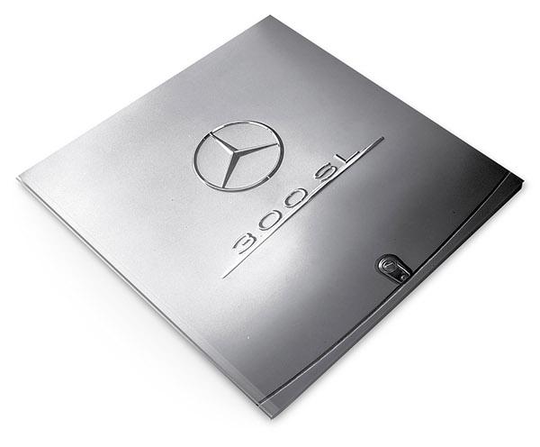Photo book design mercedes benz on pantone canvas gallery for Mercedes benz book
