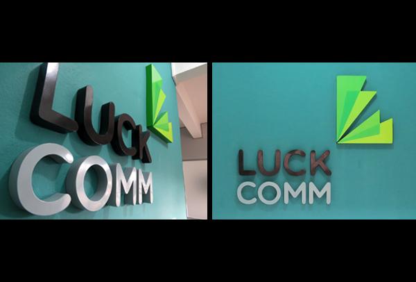 luckcomm brand agency marca logo color ID identidade visual publicidade
