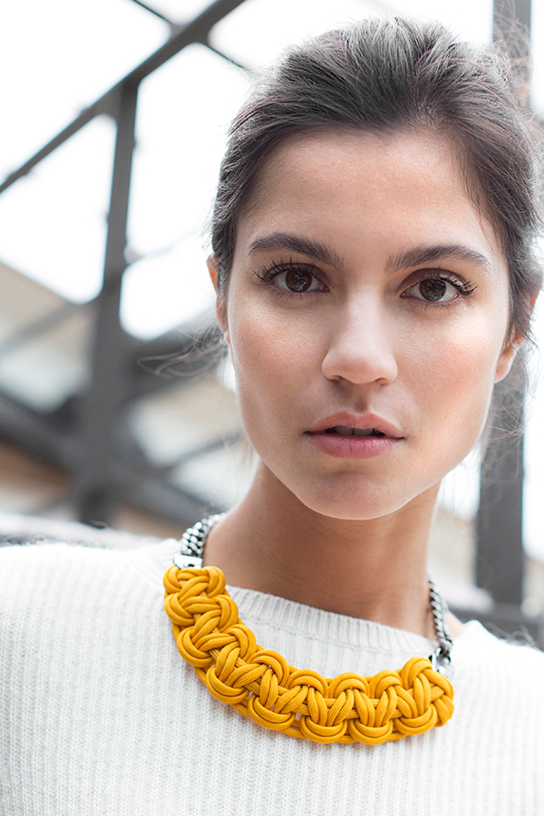 Adobe Portfolio Fashion  jewel Photographie model Canon Lookbook campaign beauty women
