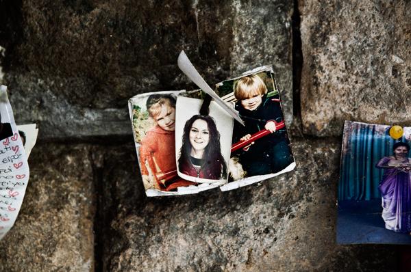 faith grave graveyard cemetery voto Ex voto promise child