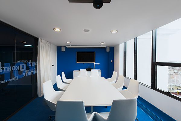 v kontakte headquarters industrial warehouse interior design style  V Kontakte's New Head Quarters in Saint Petersburg Russia c574575e85a0d41a751977787aeedd23