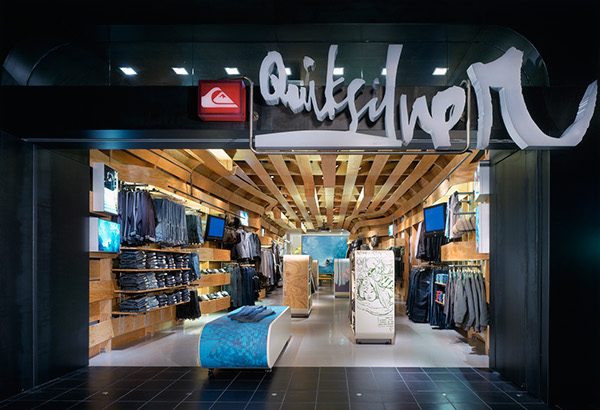 Quiksilver Young Men's Interior Store Design by Clive Wilkinson  45219440a22725f17a912fd36c39cb94
