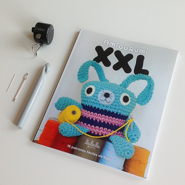 Amigurumi Xxl Libro : Amigurumi XXL book on Behance