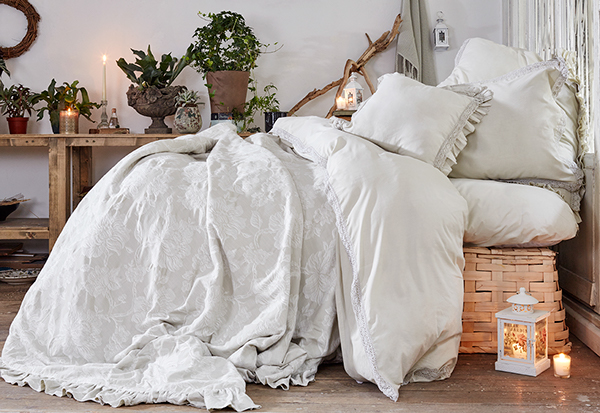 still life Karaca Home bed cover bed duve model Life Style light Re touch