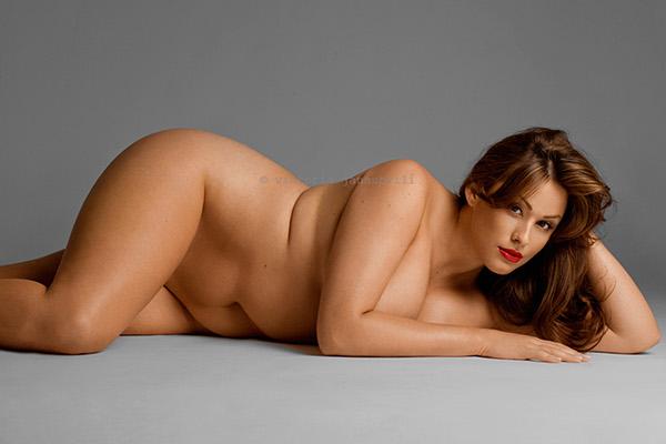 Plus size nude models