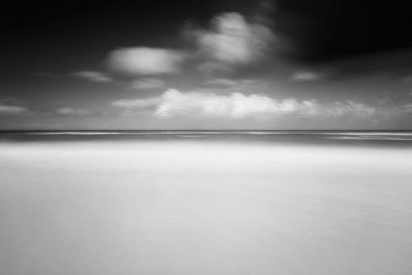 Normandy normandie long exposure fine art geoffrey gilson seascape waterscape Landscape france black & white noir et blanc dark sombre Minimalism
