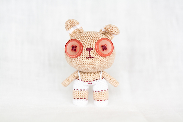 Amigurumi Wire Skeleton : Amigurumi small Bunny on Toy Design Served
