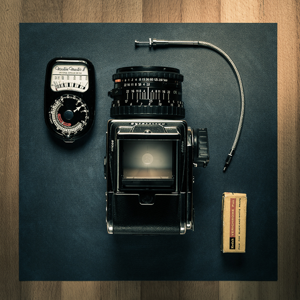 hasselblad 503CW on Pantone Canvas Gallery