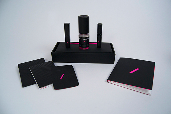 welcome kit the w hotel on pantone canvas gallery. Black Bedroom Furniture Sets. Home Design Ideas