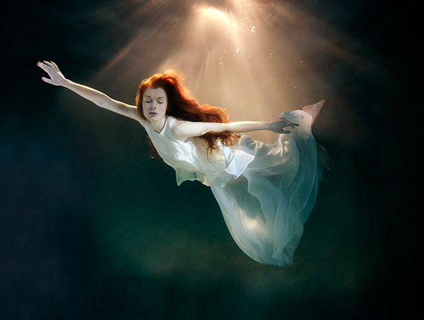 Underwater Fashion Photo Underwater Fashion on Behance