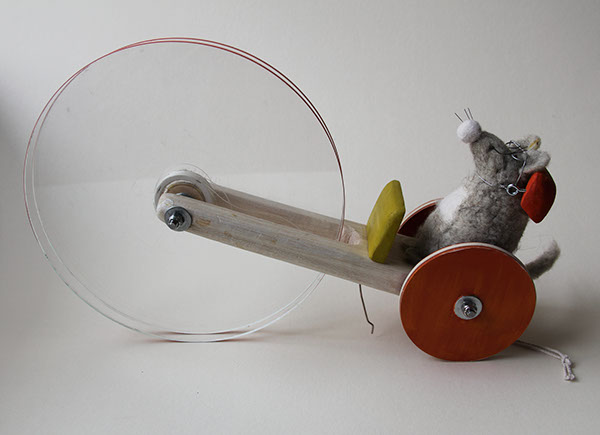 how to make wheels for a mousetrap car