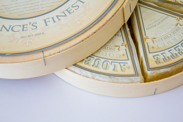 how to eat alouette brie cheese