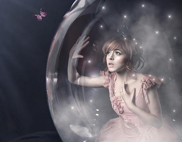 """""""Shatter Me"""" album art Lindsey Stirling"""