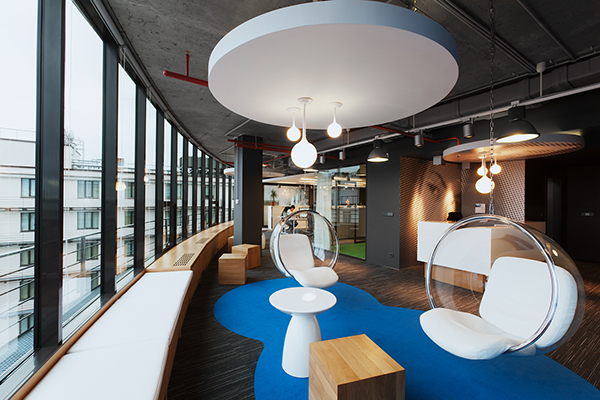 v kontakte headquarters industrial warehouse interior design style  V Kontakte's New Head Quarters in Saint Petersburg Russia 862899e0b3bd273a929ba53288012a82