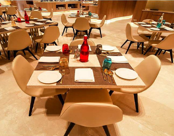 Hotels in Bangalore with Restaurant