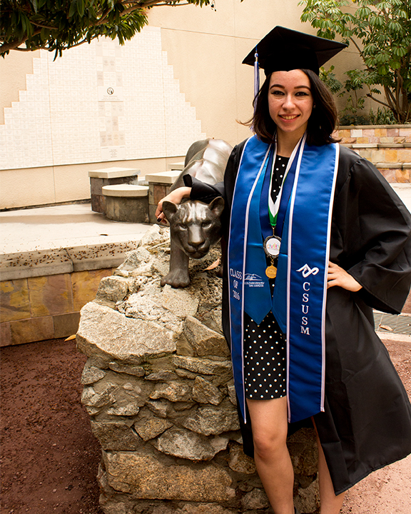 portraits graduation CSUSM san marcos Cougar Chronicle Syrenia Imagery Tukwut California San Diego North County blue undergrad campus