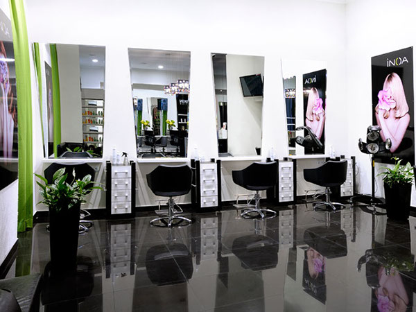 Rumyantseva 39 s beauty salon interior design on behance for Beauty salons interior designs