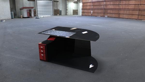 Bureau noir et rouge on behance