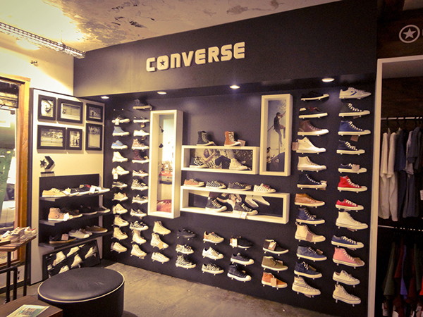converse store