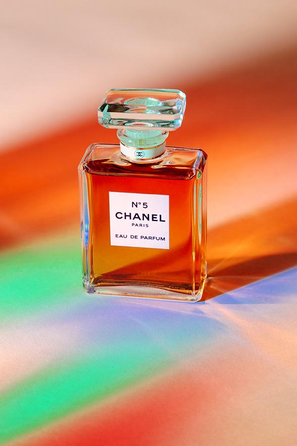 高品質的17張香水瓶設計欣賞