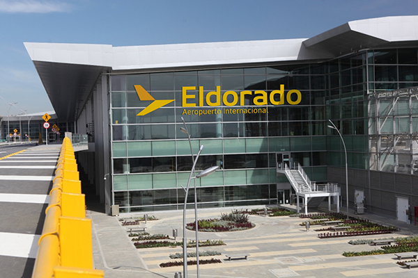 Aeropuerto eldorado on behance for Puerta 6 aeropuerto el dorado