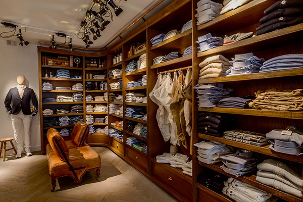 Interior Design For Mens Clothing Store On Behance Small Garment