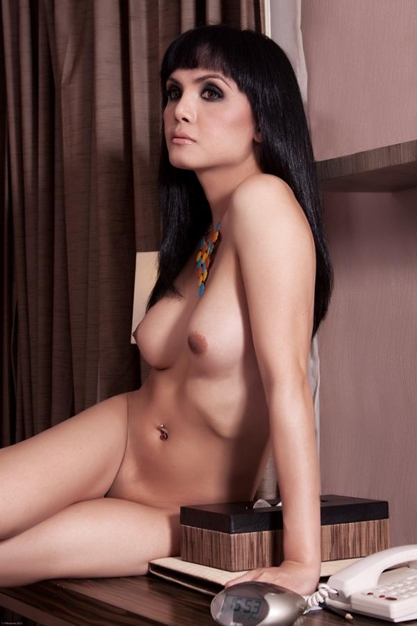 Catherine zeta jones nude pussy