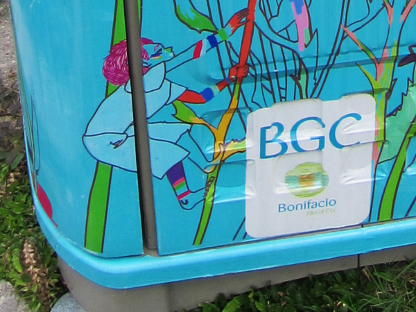 environmental BGC bonifacioglobalcity trashbin trashcan trash tournesols secretgarden pink aqua environment wastebin sticker wastemanagement
