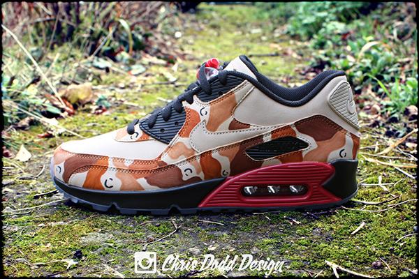 sports shoes f143a 9087b Nike Air Max 90 x Supreme 'Desert Camo' Custom on Pantone ...