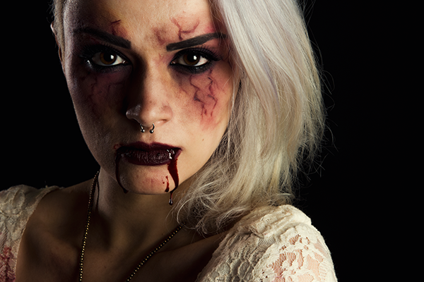 Fashion Shoot Shows Models Beaten Bloody: Bloody Halloween On Student Show