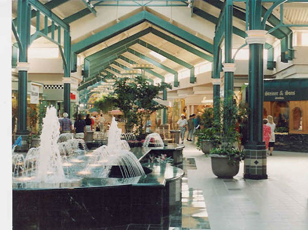 stores antelope valley mall palmdale california