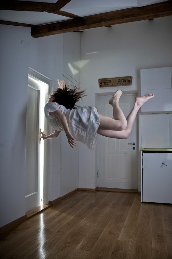 mid air,antigravity,levitation,anti gravity