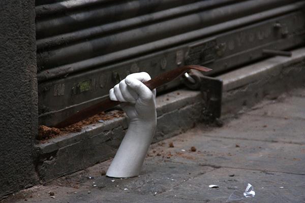 hands octavi serra pau garcia sanchez pau garcia elisava barcelona Street mateu targa
