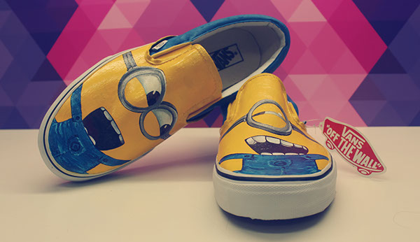 7206eb6413 Buy Online  http   fancy.com things 599844910513790491 Minions-Hand-Painted- Vans-by-esbe