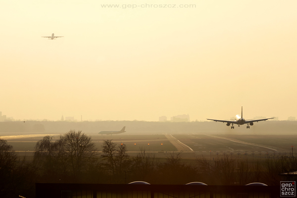 Aircraft airplane Jet Airliner airline airport planespotting aviation photography Berlin-Tegel EDDT TXL tempelhof thf Airbus Boeing