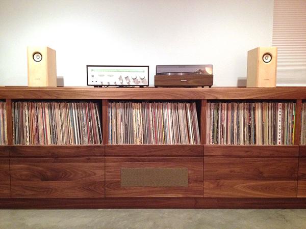 custom record stereo cabinet on behance. Black Bedroom Furniture Sets. Home Design Ideas