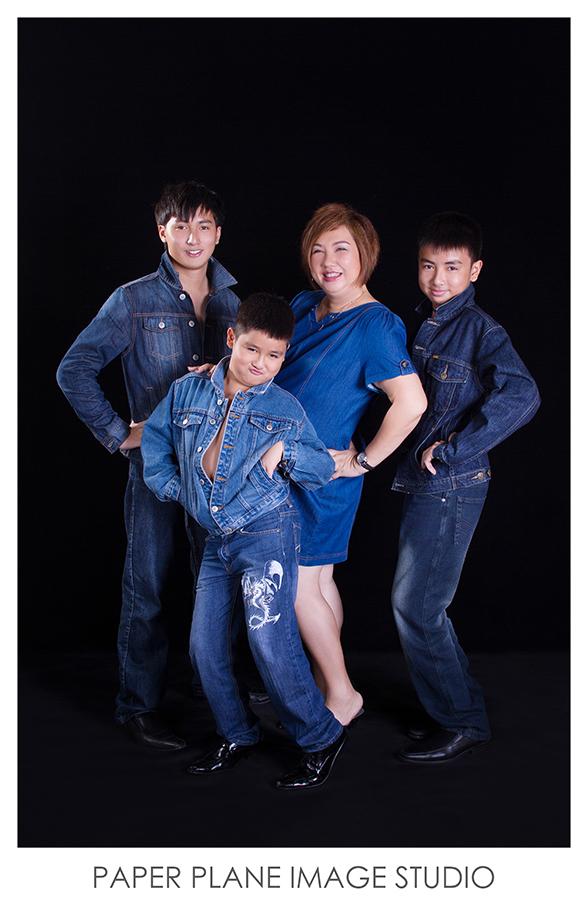 Family Portraits, Family Photography, Malaysia Family Photographer, Family Photography Studio, Professional Family Portraits, Family Portrait Photography, Great Family Photography, Family Photographer, Family Portrait Photographer