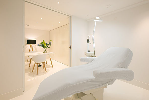 39 DOCTORS INC 39 COSMETIC CLINIC On Interior Design Served